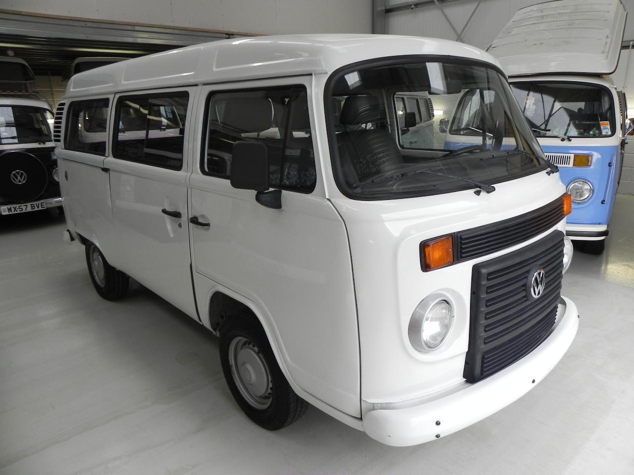 56340c7727 2013 2014 VW Brazilian Kombi