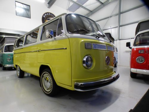 e8331c7408 1975 RHD Micobus